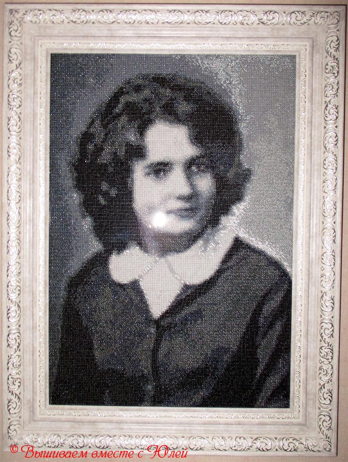 Вышивка портрета из бисера фото